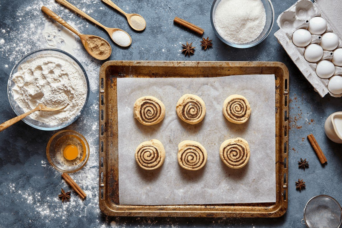 The Best Cinnabon Cinnamon Roll Recipe