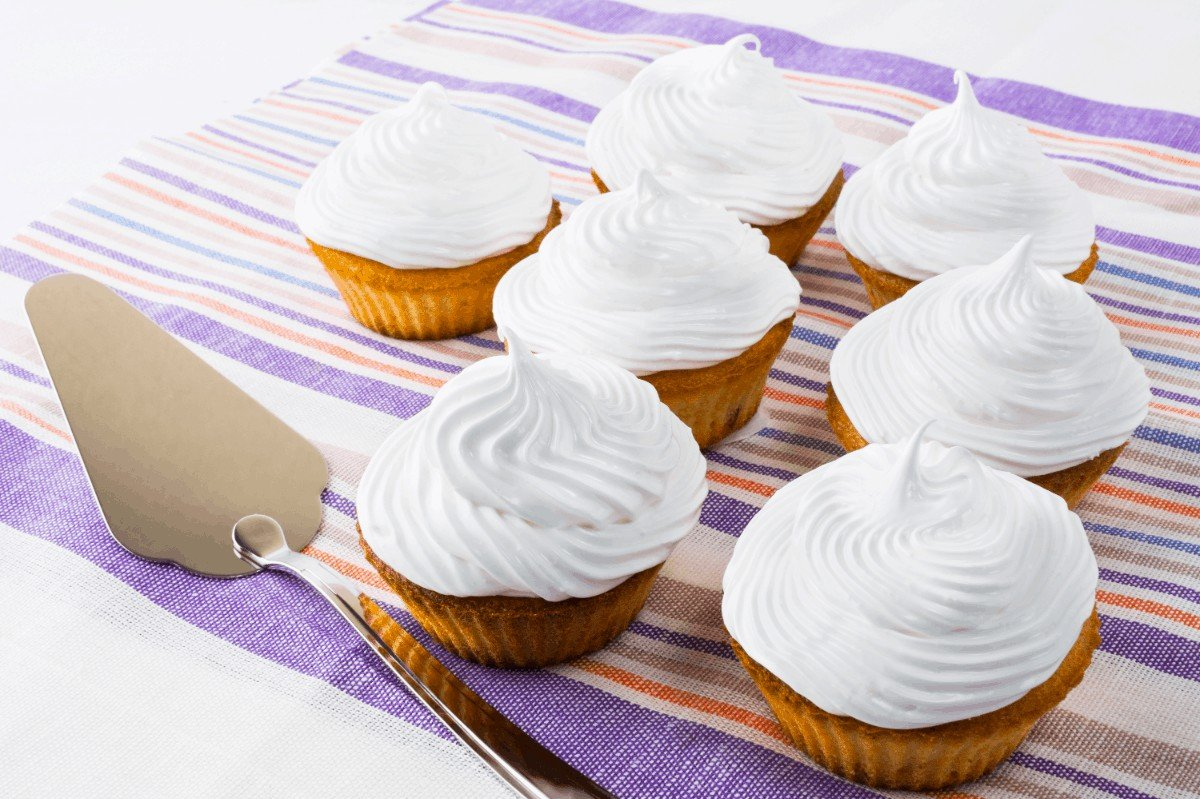 Amazing Wilton's Buttercream Frosting Recipe