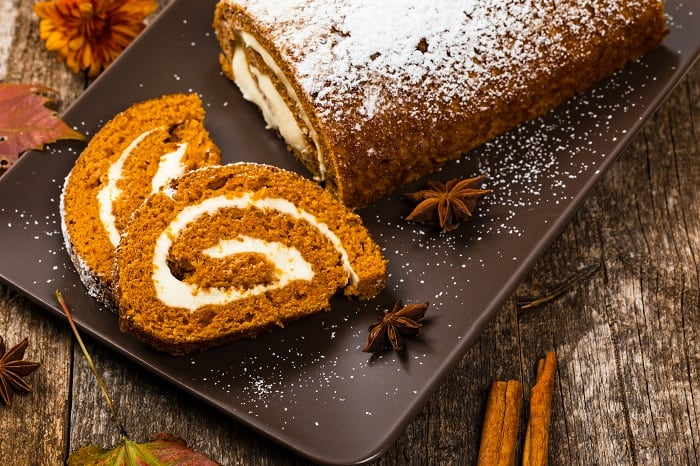 Easy Pumpkin Roll Recipe Using Cake Mix: Tips and Tricks