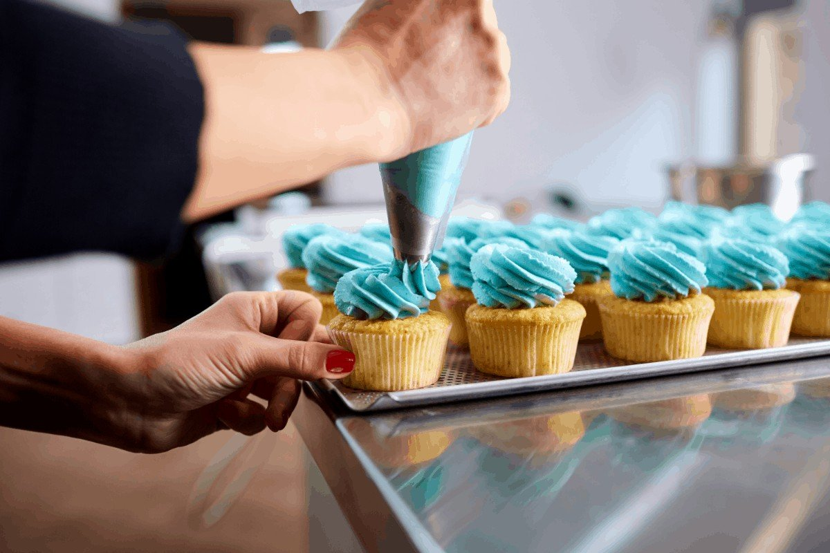 How to Soften Refrigerated Buttercream Frosting