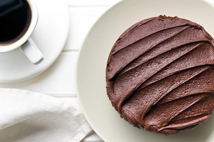 How To Use This Chocolate Buttercream Frosting