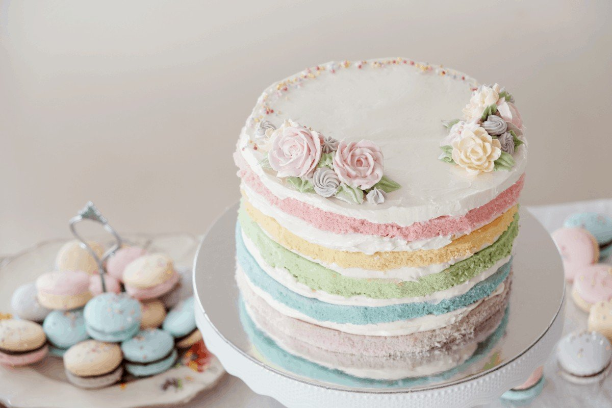 The Best Pre-made Buttercream Frostings and How to Make Them Even Better