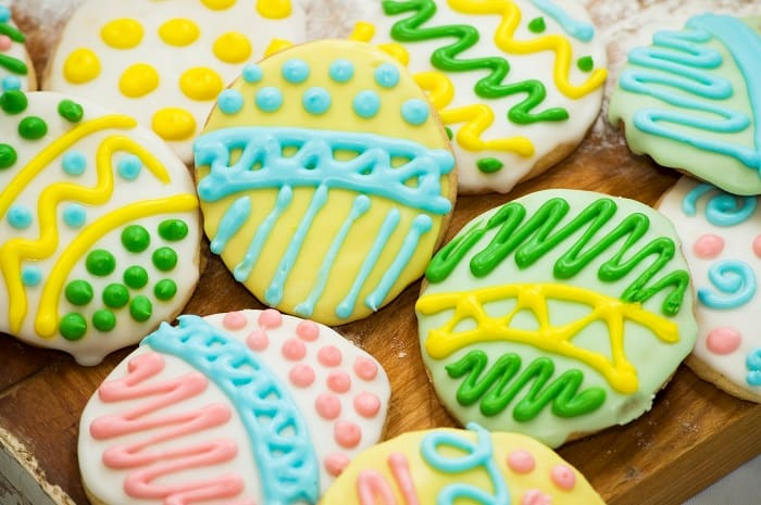 How to Flood Cookies: But, You May Ask, How Do We Do This With Buttercream? Add Sprinkles
