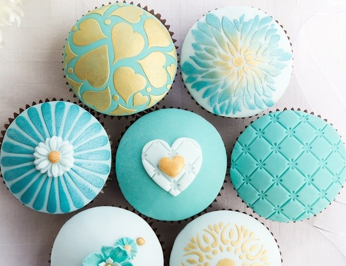 Advantages of Using Cake Stencils