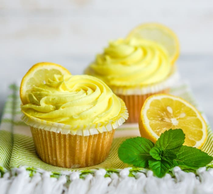 How to Make the Best Lemon Buttercream and Poppyseed Cupcakes Extra Ideas