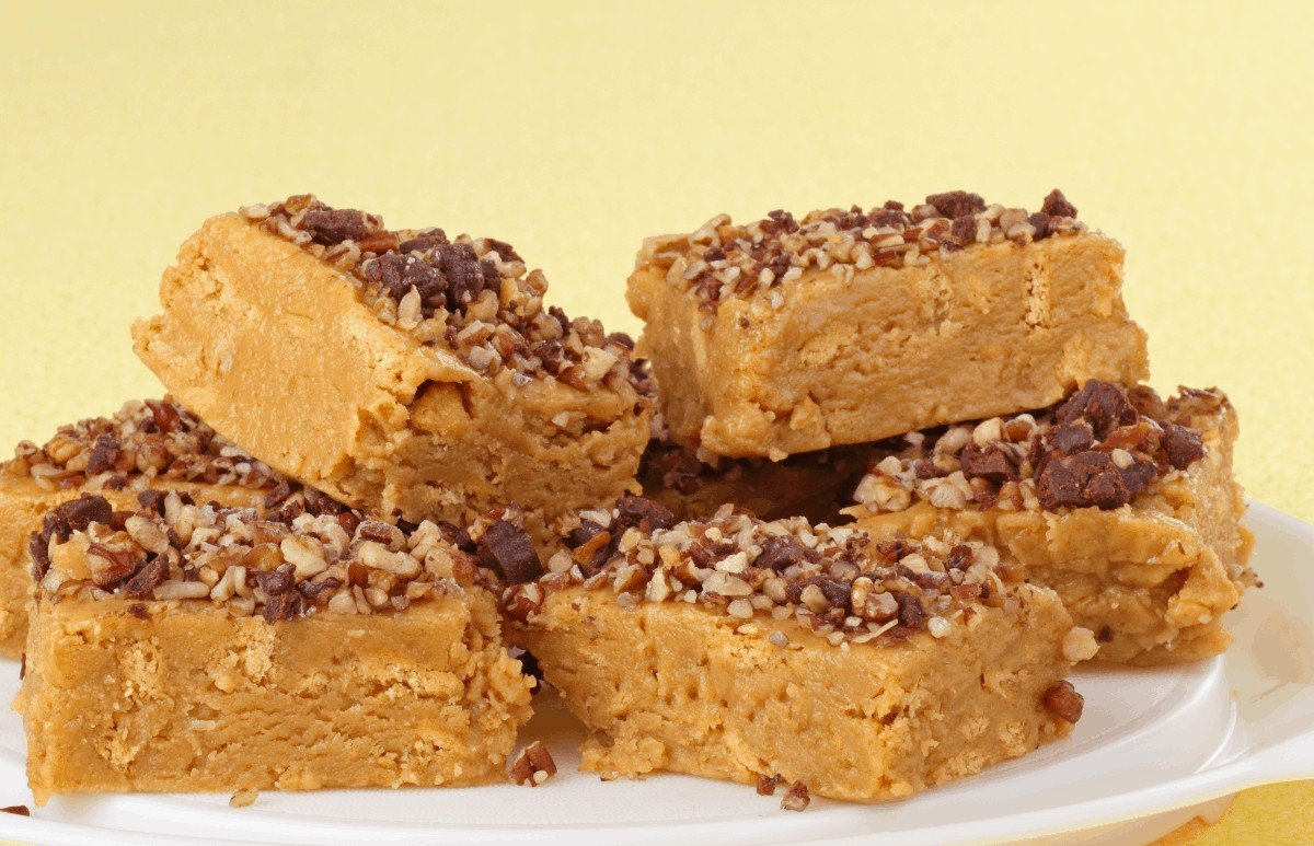 Delicious Peanut Butter Bars Without Graham Crackers