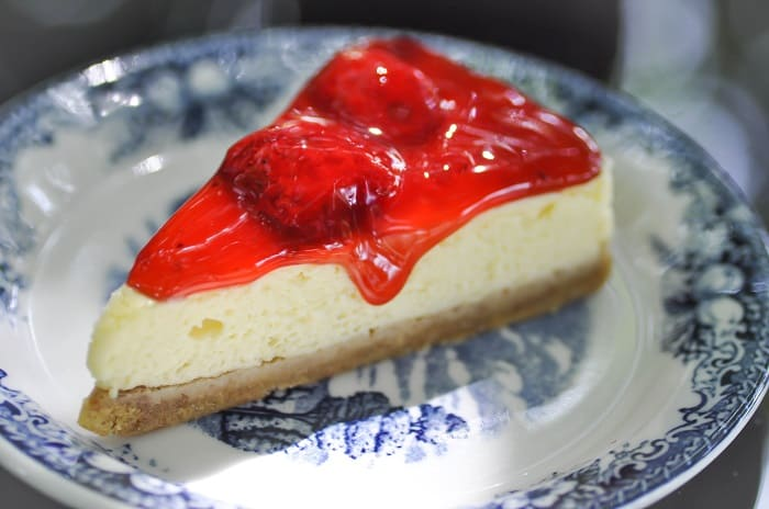 Strawberry Topping for Cheesecake: Step by Step Instructions