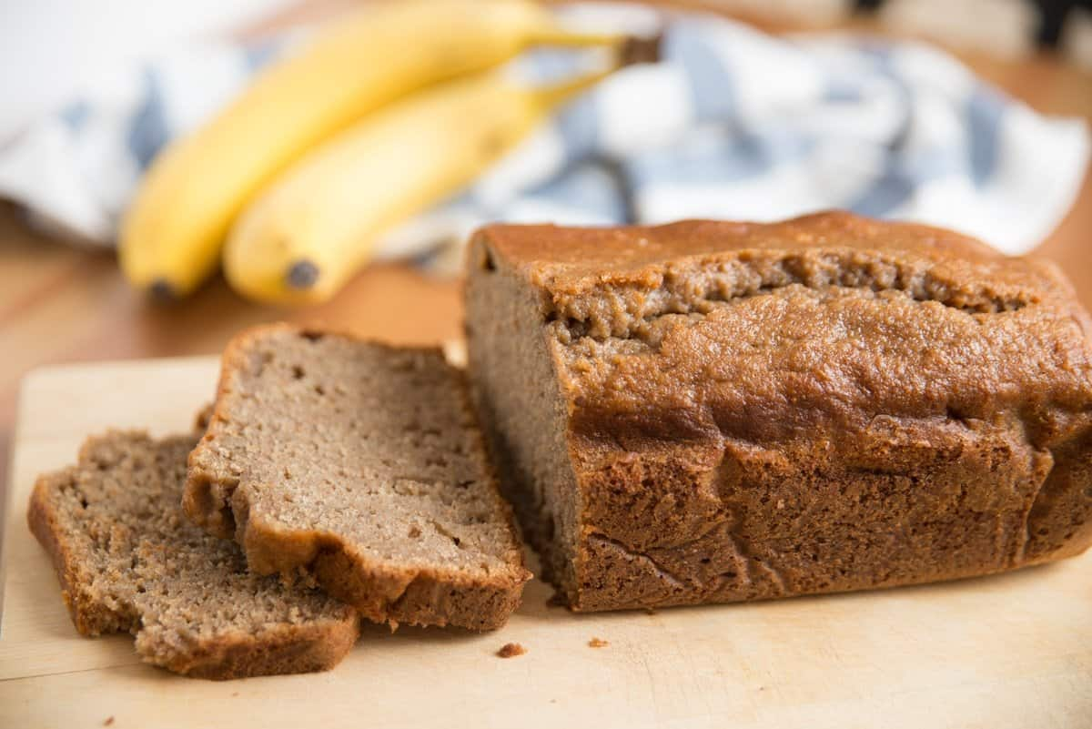 Amazingly Easy Banana Cake Recipe With Cake Mix