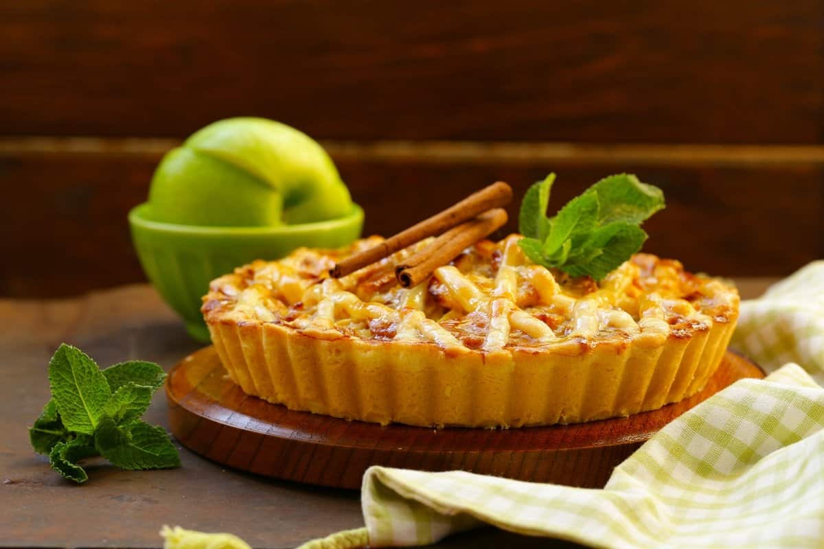 Why People Put Cheese on Apple Pie