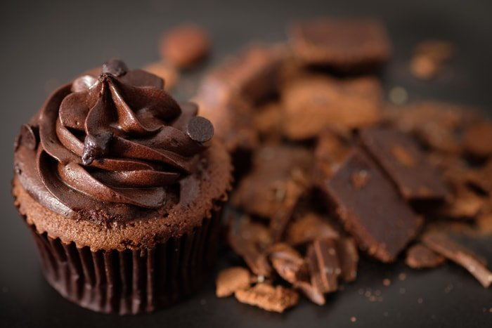 Dark Chocolate Frosting - Tips and Tricks