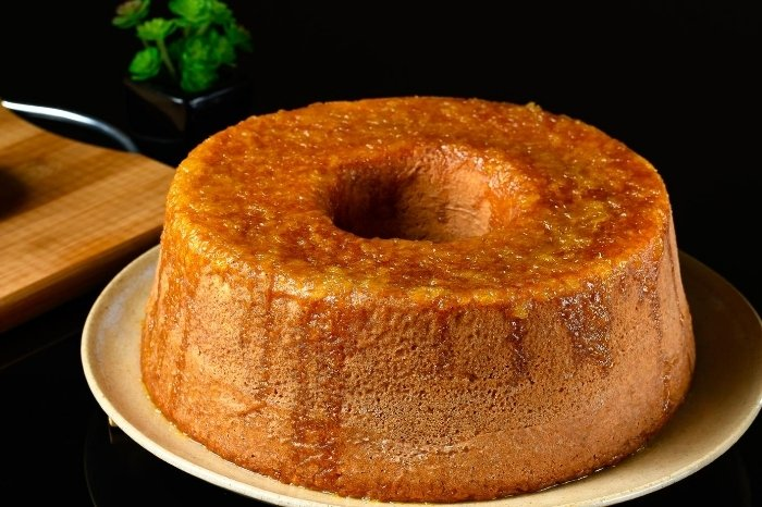 Making the Best Brown Sugar Glaze for Cakes