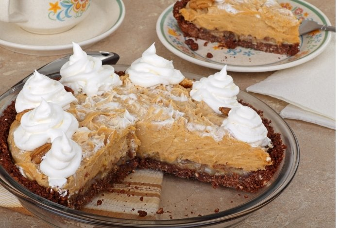 Making Choc-Peanut Butter pie topping