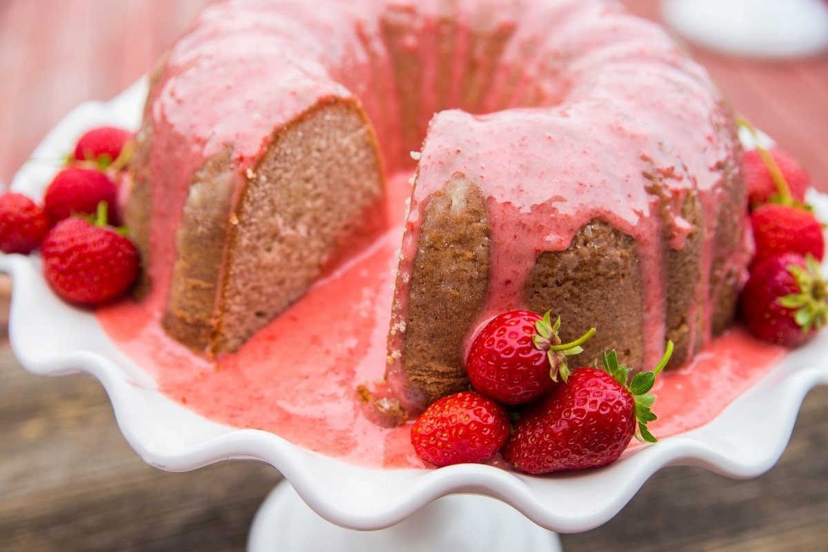 Strawberry Bundt Cake From Scratch
