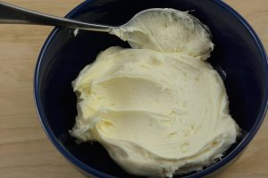 Why You Should Add Butter To Canned Frosting