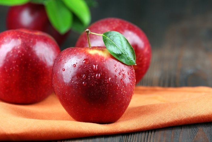 Tips and Tricks to Remove Wax from Apples