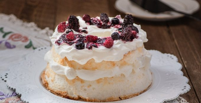 What Frosting Do You Put On Angel Food Cake