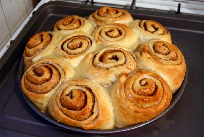 What Are Sticky Buns