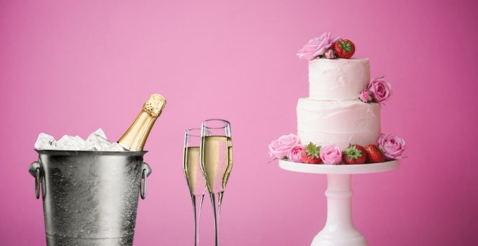 What Does Pink Champagne Cake Taste Like