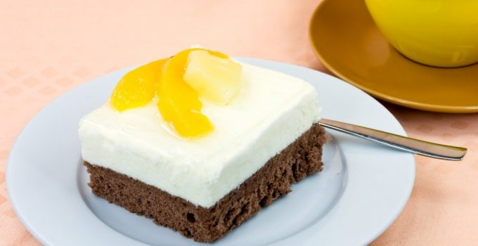 Delicious Pineapple Whipped Cream Frosting