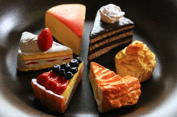 Different cake flavours