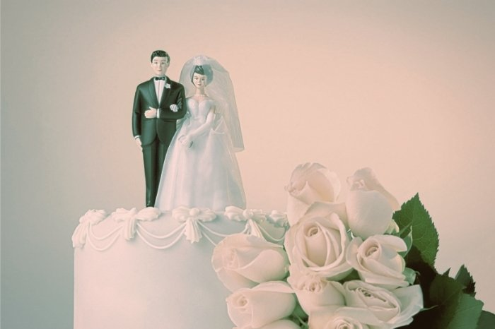 History of Wedding Cake Toppers