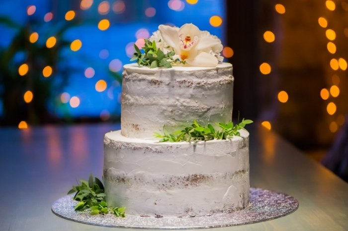 Other Ways to Make Your Cake Look Rustic
